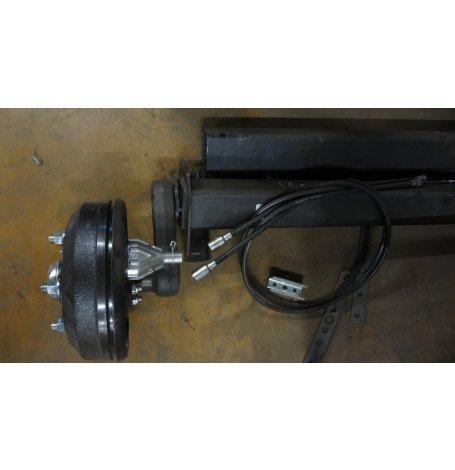 ESSIEU AVEC FREIN RTN AF 1600 KG 140X5 Livre en 2 1/2 essieux